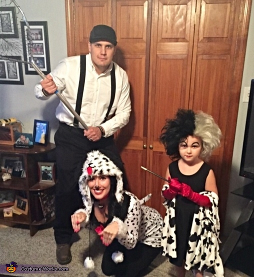 101 Dalmatians Family Costume