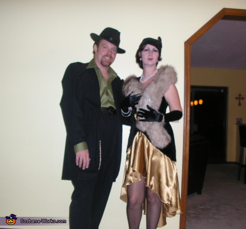 1920's Flapper and Gangster Costumes
