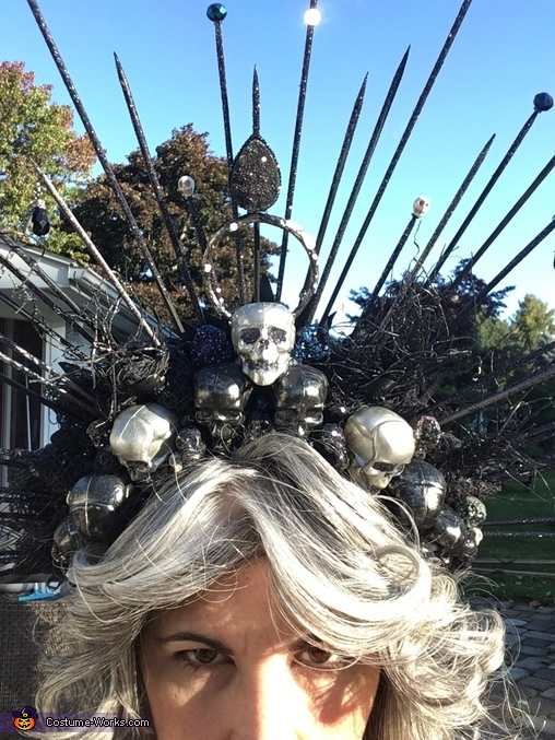 Crown detail in the sun, 2020's Chipper Cousin Costume