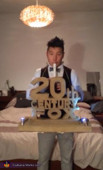 20th Century Fox Crappy Flute Costume