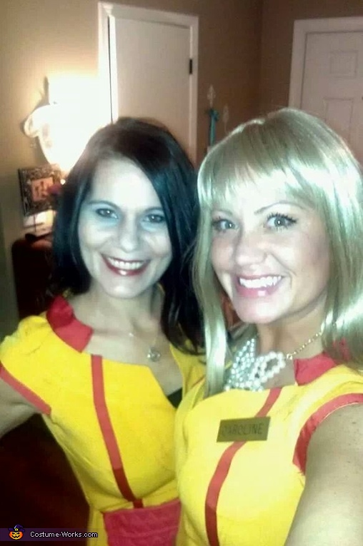 2 Broke Girls Homemade Costume