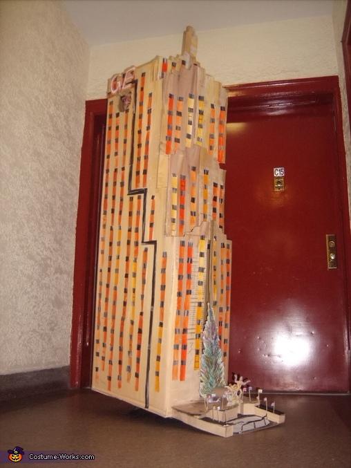 30 Rockefeller Center Costume
