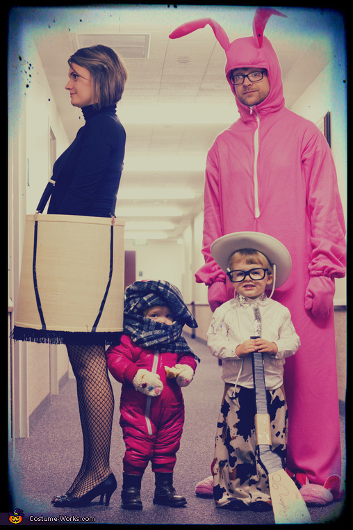 Christmas Halloween Costume Ideas.A Christmas Story Family Costume
