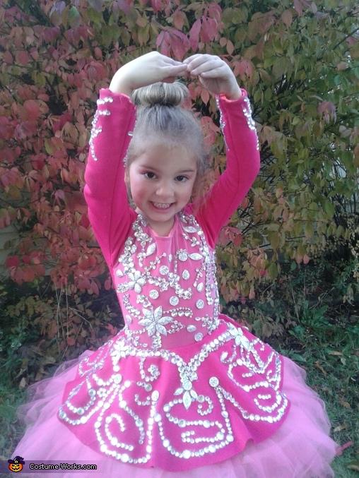 Olivia, A Couple of Ballerinas Costume