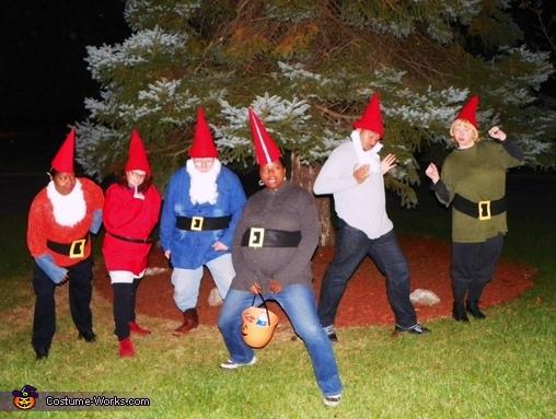 The Garden of Gnomes 2, A Garden of Gnomes Costume