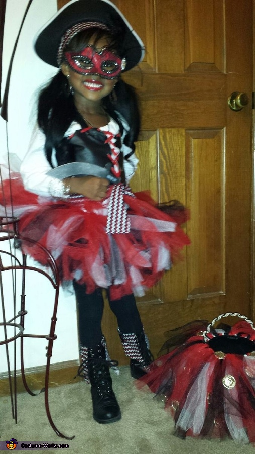 'A Little Pirate Pizazz' Princess Jurnee Kate, A Little Pirate Pizazz Costume