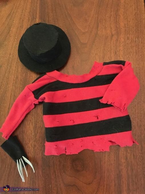 A Nightmeow on Elm Street Homemade Costume
