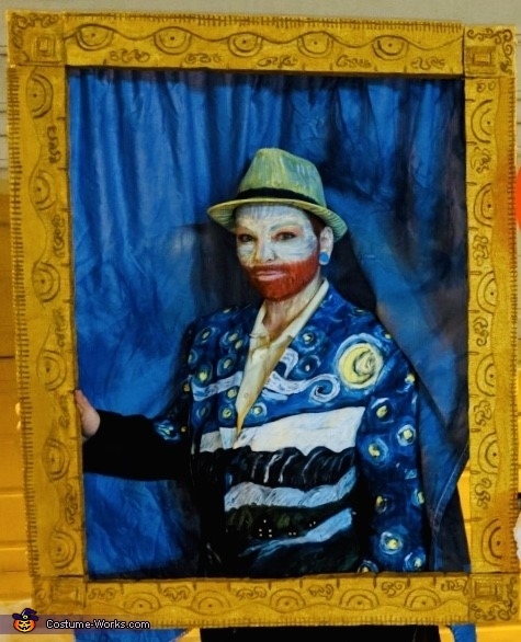 I have been framed!, A Starry Night with Van Gogh Costume
