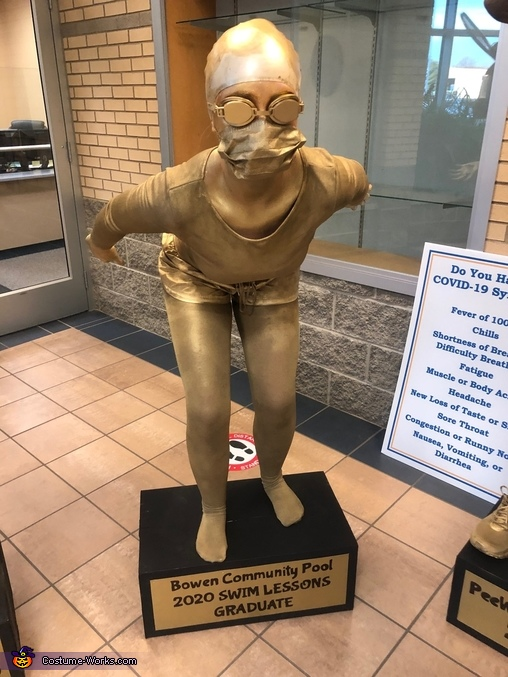 Swimmer - Lesson Graduate - Savannah Ramsey, A Trophy for Everyone! Costume