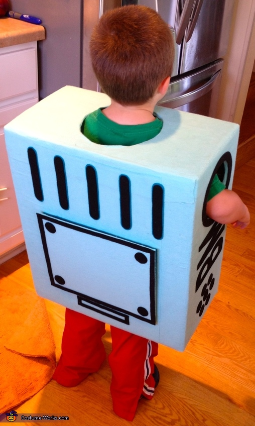 BMO back detail shown with battery door closed., Adventure Time BMO Costume