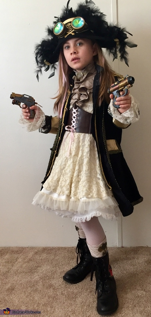 This sky captain is armed & ready!, Airship Captain Costume
