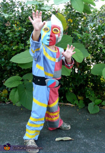 Kikaida - Homemade costumes for boys