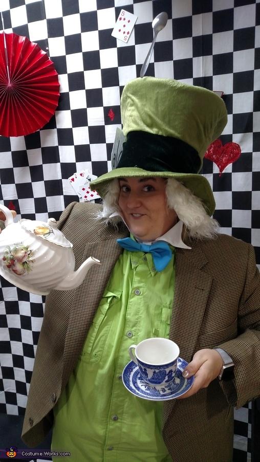 Alice in Wonderland Group Costumes DIY