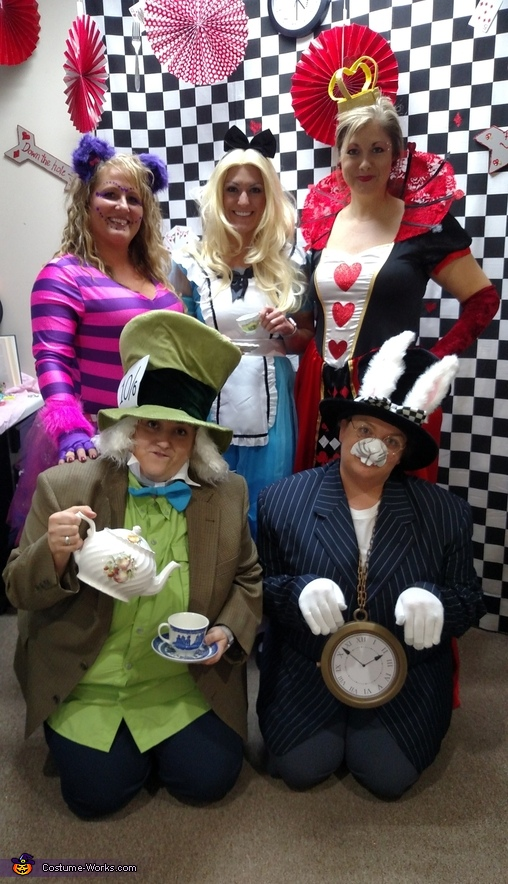 Alice in Wonderland Group Costumes DIY