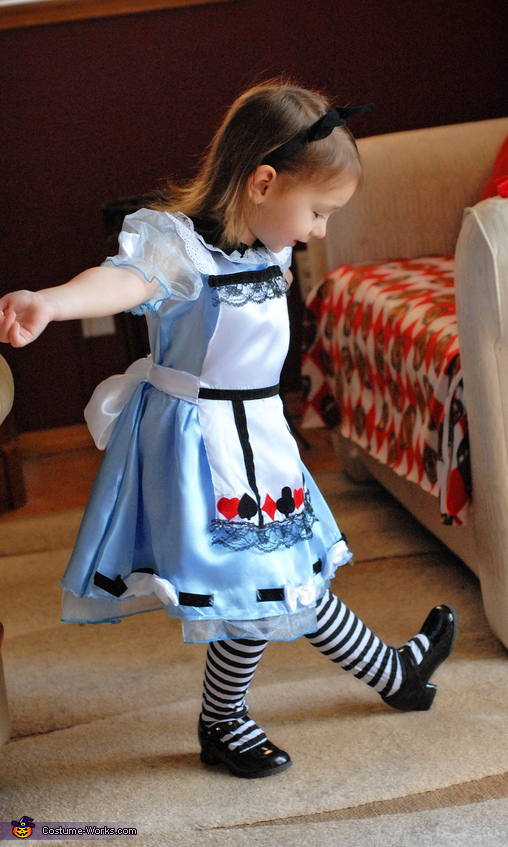 Ta - Da!!!, Alice In Wonderland Costume