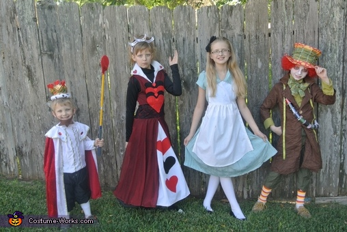 'Photo shoot' ; ) at home, Alice in Wonderland Group Costume