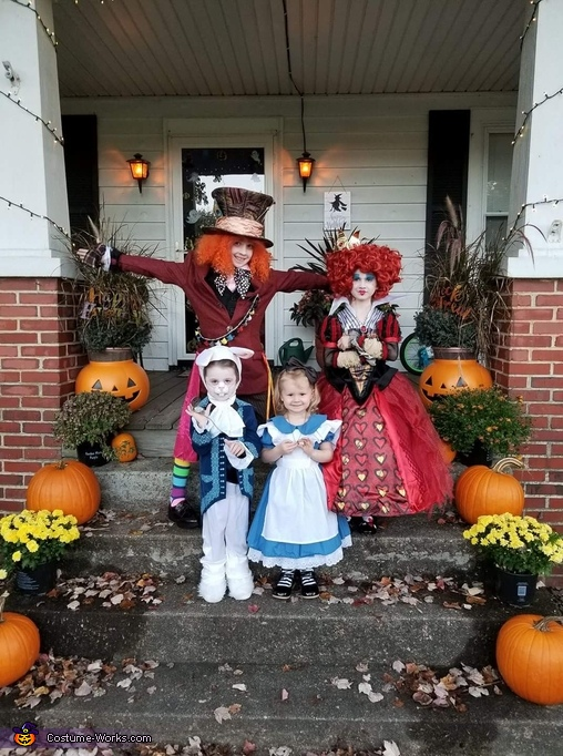 The girls, Alice in Wonderland Family Costume