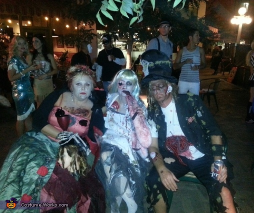 Alice in wonderland zombies, Alice in Wonderland Zombies Group Costume