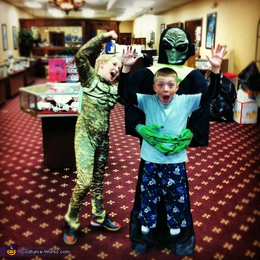 Mason's friend trying to save him!, DIY Alien Abduction Costume