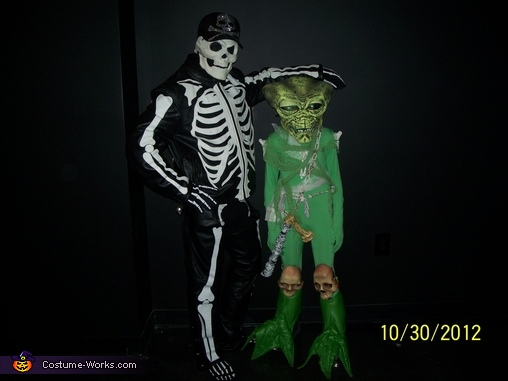 posing with dad, lol, Alien Bone Collector Costume