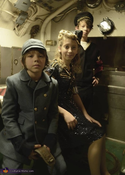 Allied Forces in the submarine, Allied Forces Costume