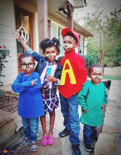 Alvin, Simon, Theodore, and Chipette Brittany Costume