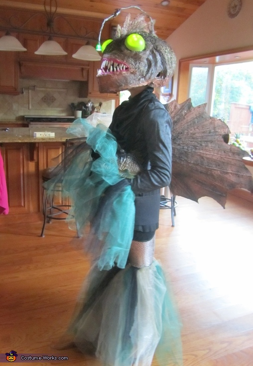 Angler Fish Full Body - Side View/Dorsal Fin, Angler Fish Costume