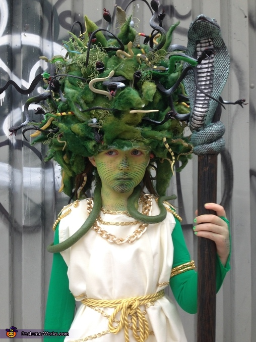 Up Close Medusa, Amazing Medusa Costume