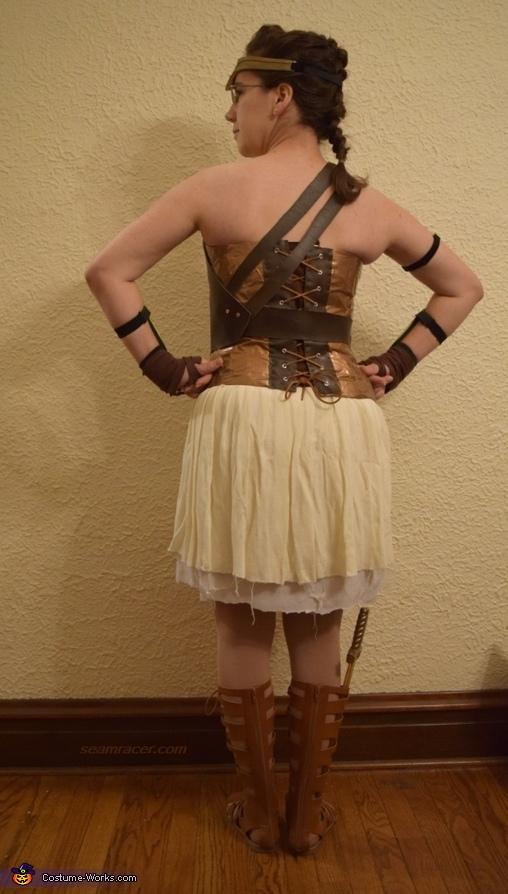 Amazon Wonder Woman, Amazon Wonder Woman Costume