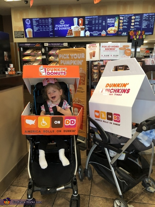 America ROLLS on Dunkin' Costume