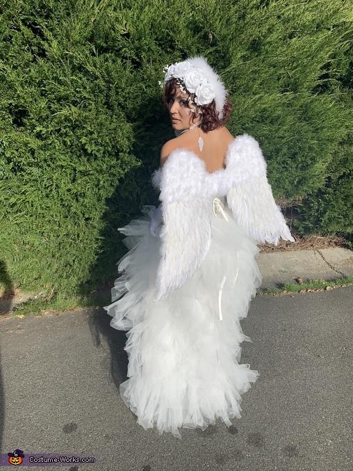 Faith, Angel Costume