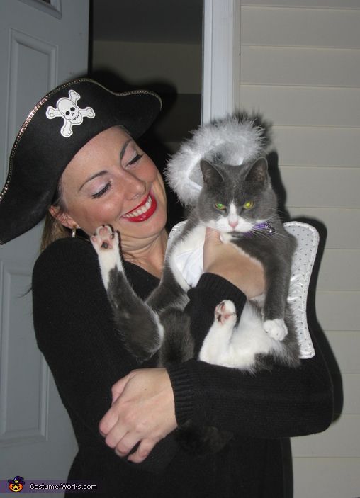 Purrfect Angel - Store Bought costumes for pets
