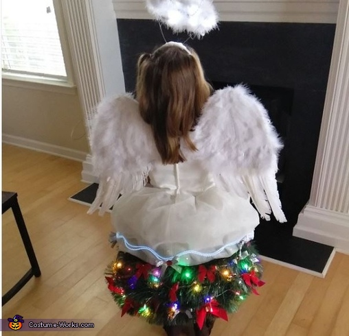 Back of the angel on the tree, Angel on top of the Christmas Tree Costume