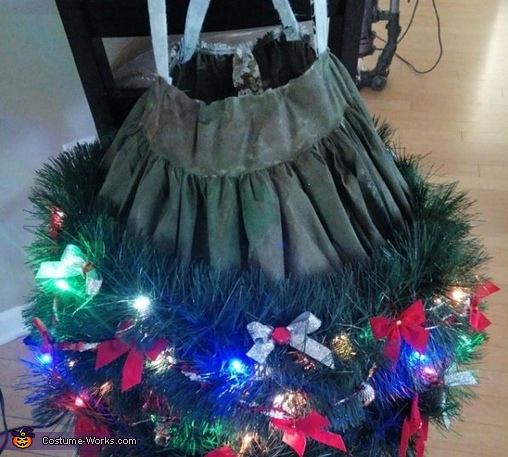 tree skirt, Angel on top of the Christmas Tree Costume