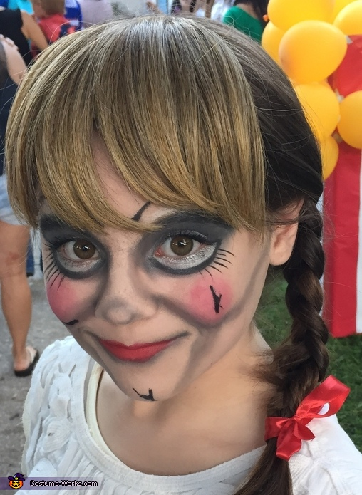 Annabelle-makeup closeup, Annabelle Costume