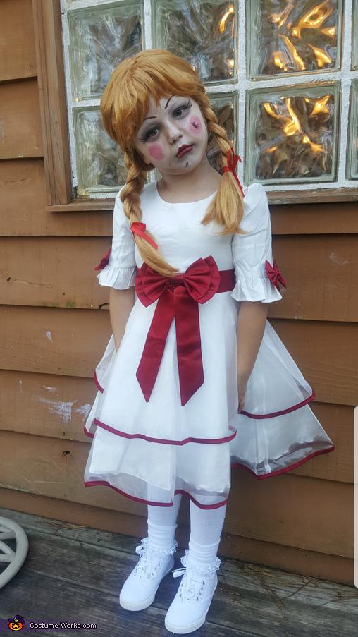 Annabelle Creation, Annabelle Costume