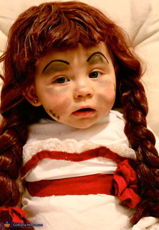 Upclose Annabelle Selfie , Annabelle Doll Costume