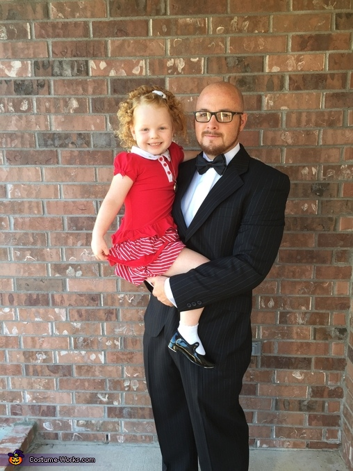 Annie and daddy warbucks , Annie and Friends Costume