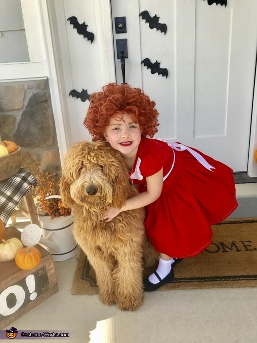 Annie and Sandy, Annie, Daddy Warbucks and Sandy Costume