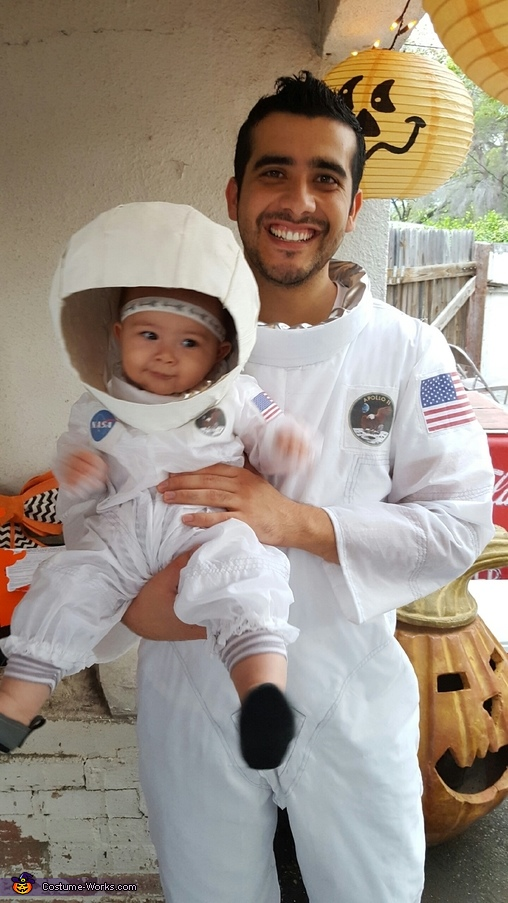 Captain and the Rookie, Apollo 11 Team Costume