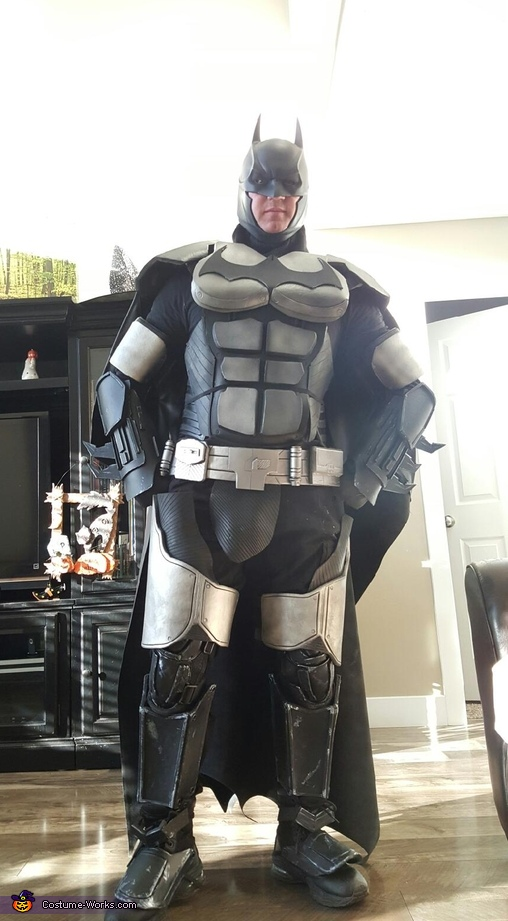 Arkham Origins Batman Costume