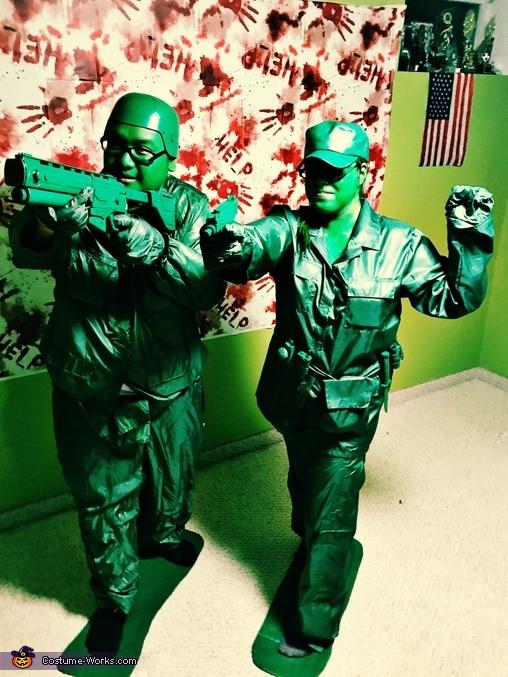Army Guy & Girl Costume
