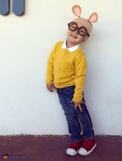 Arthur Costume