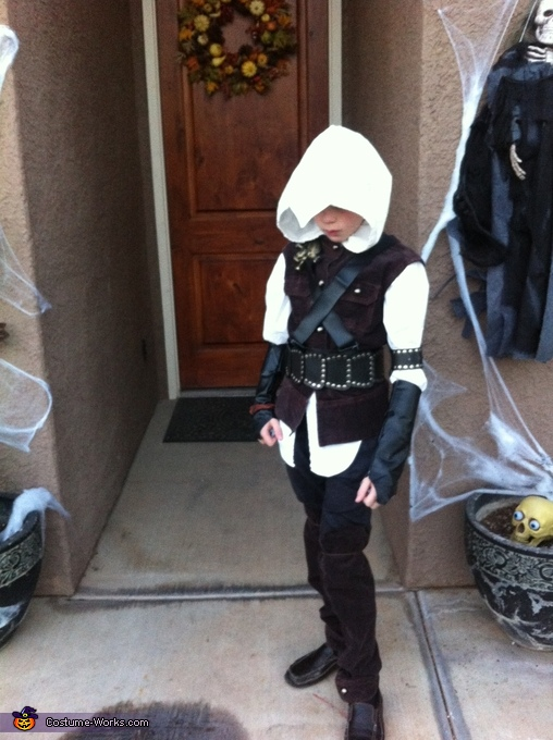Homemade Assassin's Creed Costume