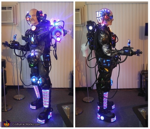 Side views, Assimilated Cyborg Costume