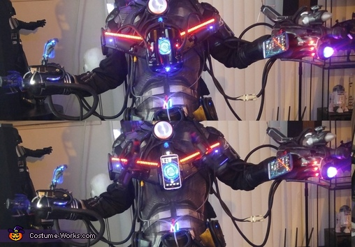 Shows how the Chest opens and closes., Assimilated Cyborg Costume
