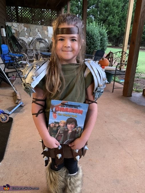 This is how she wore it to school for her book parade, Astrid from How to Train Your Dragon Costume