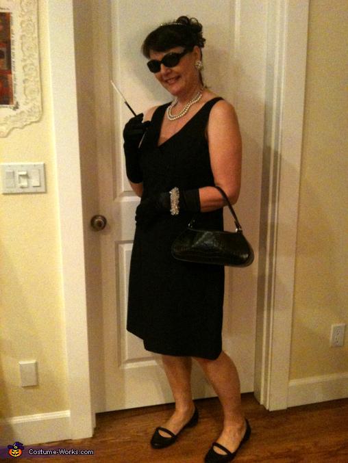 audrey hepburn halloween costume idea. Black Bedroom Furniture Sets. Home Design Ideas