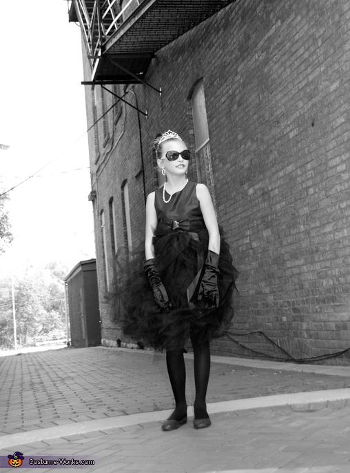 HAnnah Audrey Hepburn II, Audrey Hepburn Costume