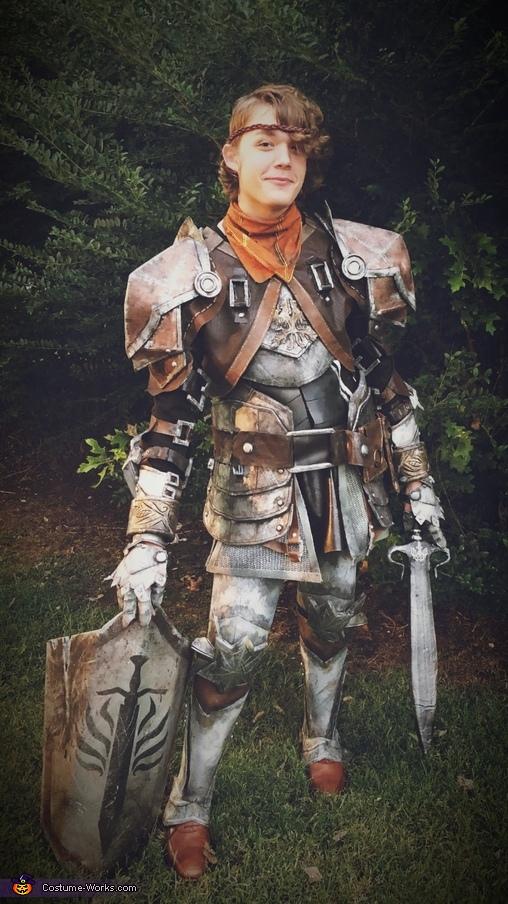 Aveline Armor Costume